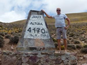 Nous atteignons 4 370 m.