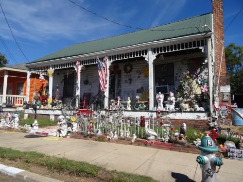 Une maison de Natchez décorée pour Halloween