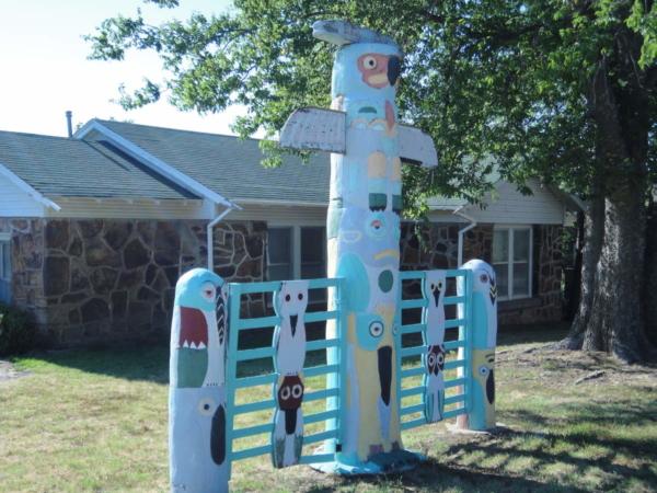Totem Pole Park Route 66 2011